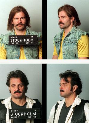 Näyttelijät Kai Lehtinen ja Juha Muje poliisikuvissa (1999).