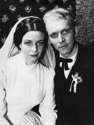 Kauko Helovirta ja Asta Backman vuonna 1951.
