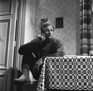 Taavi Jokinen (Erkki Siltola) tv-draamassa Mustat ja punaiset vuodet (1973).