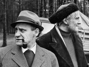 Kirjailija Väinö Linna ja Akselia esittävä Aarno Sulkanen (1968).