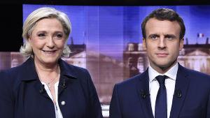 De franska presidentkandidaterna Marine Le Pen och Emmanuel Macron inför den sista TV-debatten.