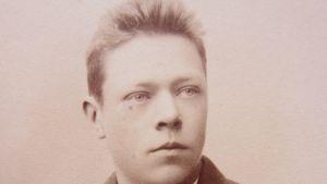 Ungdomsfoto av Hjalmar Söderberg.