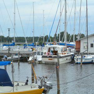 Båtar i Ekenäs gästhamn.