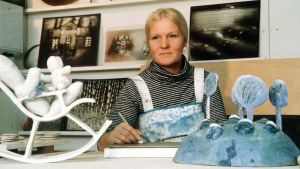 Keramiikkataiteilija Heljä Liukko-Sundström.