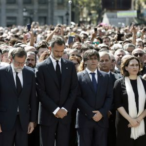 Tyst minut för offren i Barcelona.
