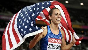 Jenny Simpson lade ut texten om fuskare efter sin silvermedalj på 1500 meter i VM i London.