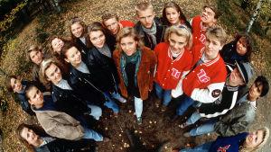 Gruppbild ur 16, Yle 1993