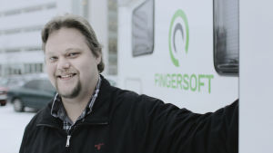 Tekijänä Toni Fingerroos