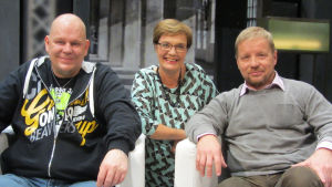 Helge Shnoro (vas.), Hilla Blomberg, Jussi Hartikainen