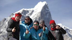 Järvenpääläisbändi Ancara haluaa tehdä ennätyksen soittamalla maailman korkeimman rokkikeikan Mount Everestillä 5364 metrin korkeudessa.