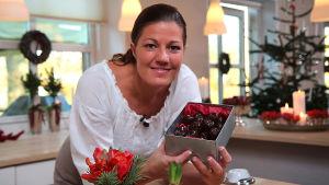 Tanskalainen kondiittori Mette Blomsterberg jakaa kolmiosaisessa sarjassa parhaimmat reseptinsä.