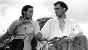 Malviina (Kirsti Hurme) ja Juhani (Tauno Palo) elokuvassa Loviisa, Niskavuoren nuori emäntä
