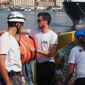 Hjälporganisationer i Sicilien.