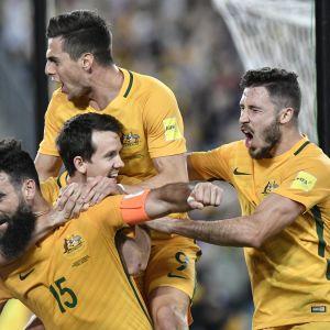 "Mile Jedinak (#15) var ""Socceroos"" hjälte."
