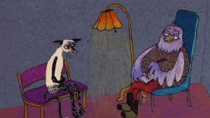 """Den psykiskt sjuka """"katten"""" sitter hos psykiatern som Antonia Ringbom porträtterat som en uggla."""