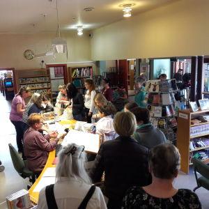 Gratis böcker delas ut i Lovisa 06.05.2018