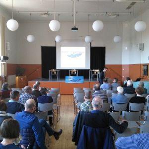 Gerby-Västervik skärgårdsförening diskuterade skarvar.