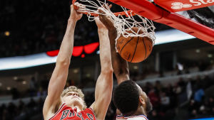 Lauri Markkanen, basketball