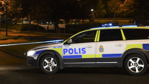 En polisbil i Helsingborg efter en explosion vid en polisstation.