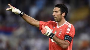Gianluigi Buffon pekar.
