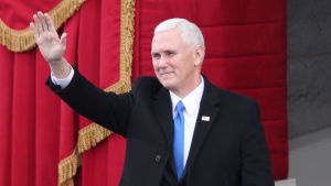 Vice president Mike Pence i Kapitolium inför Donald Trumps installation.