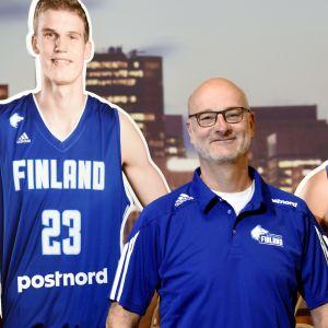Basketlandslagets chefstränare Henrik Dettman med Lauri Markkanen och Petteri Koponen.
