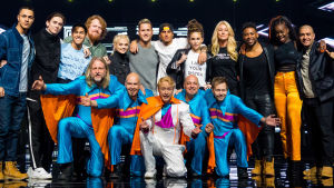 gruppbild på artisterna i melodifestivalens final