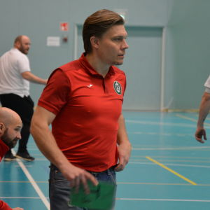 Toni Kallio tränar PIF, 15.2.2017.