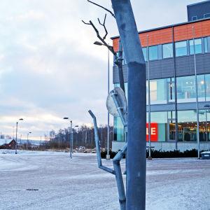 Konstfabriken på västra åstranden.