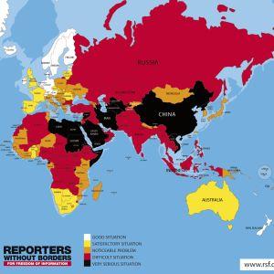Pressfriheten i världen år 2017. Vit färg - bra situation, gul - tillfredsställande , orange - märkbart problem, röd - svårt läge, svart - mycket svår situation