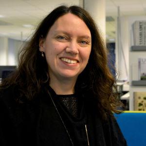 Linda Jakobsson-Pada i Yle Österbottens nyhetslandskap.