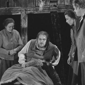 Paavo Ruotsalainen kuolinvuoteella Viimeiset kiusaukset -elokuvassa