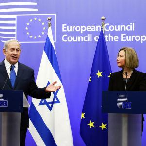 Israels premiärminister Benjamin Netanyahu och EU:s utrikeschef Federica Mogherini