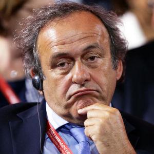Fifa vill stänga av Michel Platini på livstid.