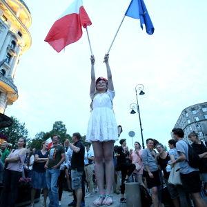 Protester mot nya lagförslaget i Polen.