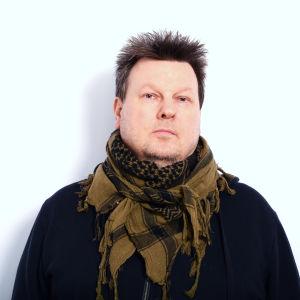 Kuvassa Karppi-tv-sarjan ohjaaja Rike Jokela.