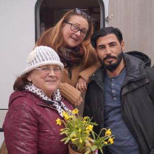 Kethen Miekka, Britt-Marie Mastokangas och Jessim Al-Kahili.