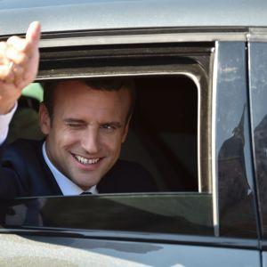 Emmanuel Macron på den franska valdagen 18 juni.