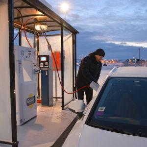 Biogastanksstationen vid Stormossen.