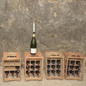 Bolaget Champagne Charles Heidsieck lagrar champagne i Tytyri gruva.