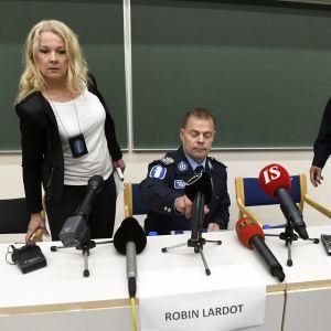 Centralkriminalpolisens presskonferens i Åbo.