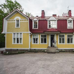 Trähuset Klostret i Grankulla.