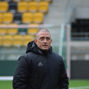Brian Page jobbar som tränare i SJK.