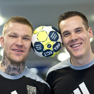Teemu Tamminen och Nico Rönnberg poserar, våren 2017.