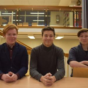 Odin Grönroos, Milton Bäcksbacka och Mehdi El Moutacim