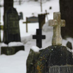 Gravar på den gamla kyrkogården i Kangasala.