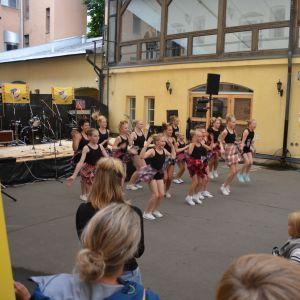 Kashmi dance crew dansar.