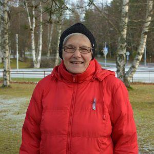 Christina Helsing i Jakobstad får folktingets förtjänstmedalj