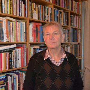 Bjarne Kallis (Saml.) kungstanke är storkommun från Nykarleby till Karleby