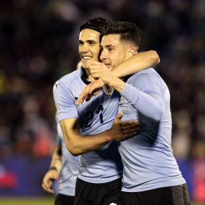 Edinson Cavanis och José María Gimenéz Uruguay har fått glida under den internationella radaren inför VM.
